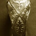 Hand engraving by Alex Pugachevskiy: 18k white gold